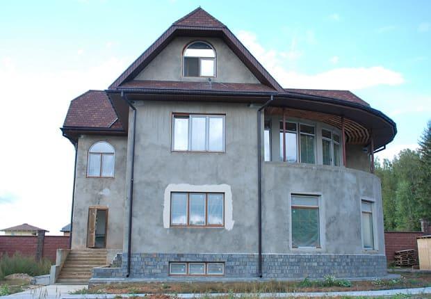 фото фасада дома повадино